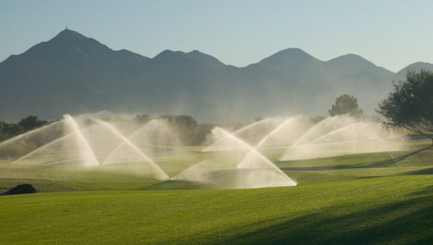 Sistema de riego de campos de golf