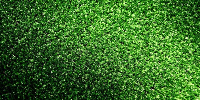 ¿Cómo desinfectar de forma eficiente nuestro césped artificial?